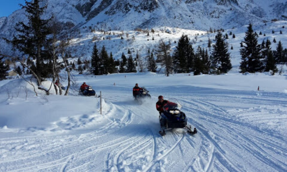 Snowmobile excursion in Tonale