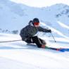 Come vestirsi per una giornata di sci: la regola dei tre strati
